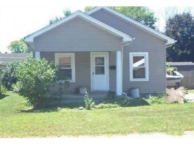 2 Bed 1 Bath Foreclosure Property in Franklin, OH 45005 - Art Ave