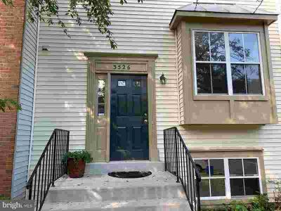 3526 Vintage Spring Ter OLNEY, fabulous townhome featuring 2
