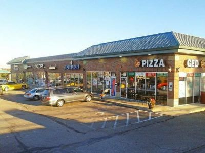 Turn Key 1300 sq ft Pizza Restaurant Fully Equipped in Elburn IL