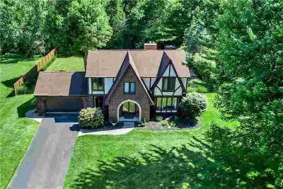 8165 Clarherst Drive EAST AMHERST Four BR, REDUCED for QUICK
