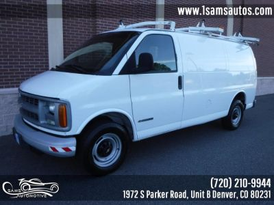2002 Chevrolet Express 2500 2500 (Summit White)