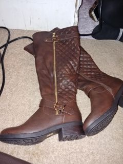 Wide calf riding boots size 8 1/2