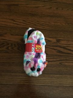 NEW Beanie Boos Slipper Sicks. Child Large 4-6. Cute unicorn! We re $9.99. Gallatin unless going to H ville.