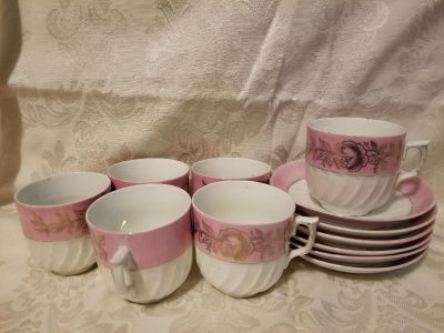 6 sets tea cups and plate