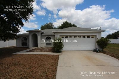 411 Albatross Ct 3/2 Home For Any Family In South Kissimmee Village 3 Polk County!!!