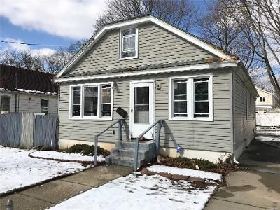 2 Bed 2 Bath Foreclosure Property in Roosevelt, NY 11575 - William St