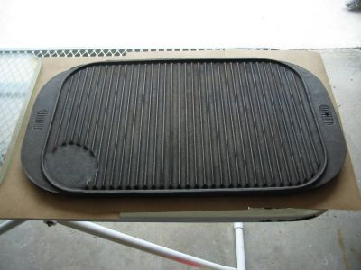 """10"""" x 16"""" two sided cast iron griddle"""