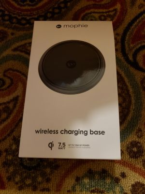 Brand new in box mophie wireless charger for iPhone 8, iPhone 8 plus & iPhone X