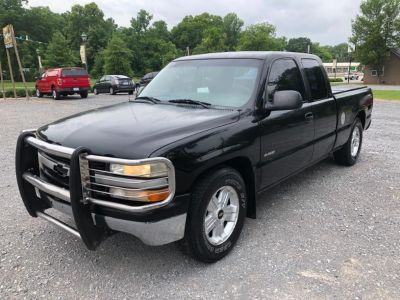 2000 Chevrolet Silverado 1500 Base (Black)