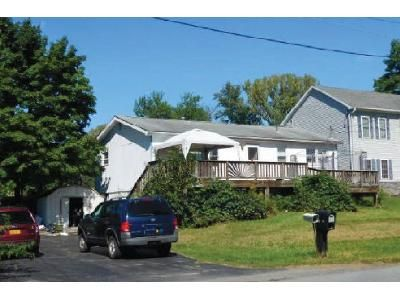 3 Bed 1 Bath Foreclosure Property in Middletown, NY 10940 - Anthony St