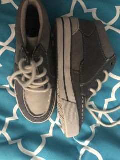 Brand new never worn children place boots size 12