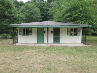 2 Bed 2 Bath Foreclosure Property in Macon, GA 31216 - 1328 Radio Drive