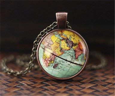 World necklace and pendant 19 inches long - new!
