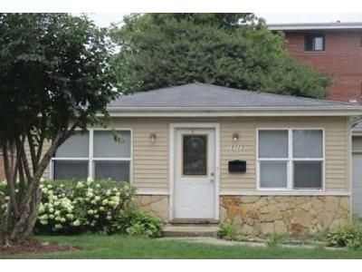 3 Bed 2 Bath Foreclosure Property in Schiller Park, IL 60176 - Seymour Ave