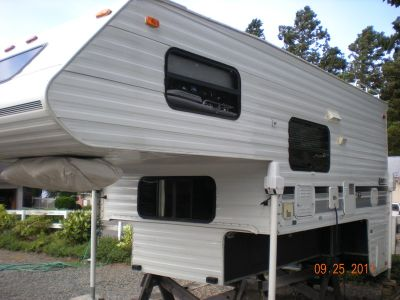 1997 Lance Longbed Squire 8000 Extended cab