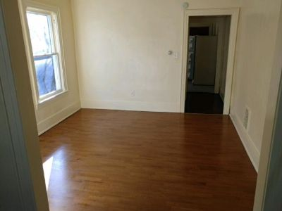 3 bedroom in Utica