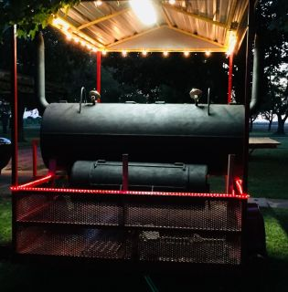 Trailered bbq pit
