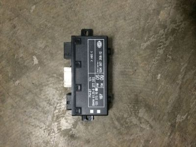 Sell CONTROL UNIT PM-BT Door Module BMW E39 535i 118 3 oz 173KW 8377593 motorcycle in New Port Richey, Florida, United States