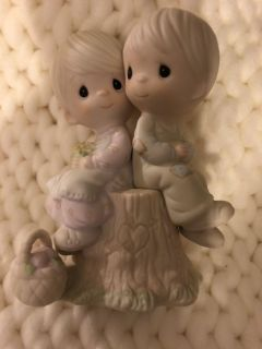 Precious Moments 1978 love one another figurine