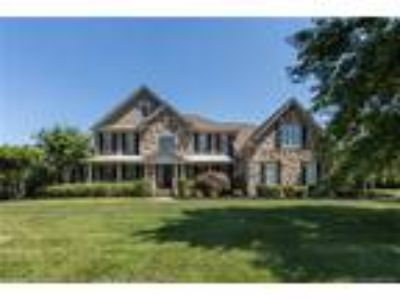 105 Orchard Hill Court