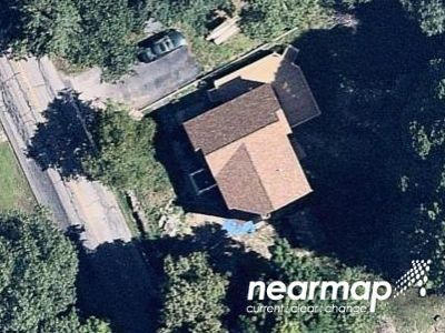 3 Bed 1.5 Bath Preforeclosure Property in Foxboro, MA 02035 - S Grove St