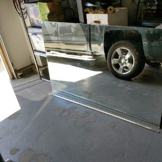 FREE MIRROR 70X42 INCHES
