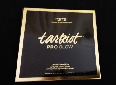 Highlight and contour palette by Tarte