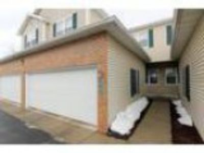 Madison Three BR . BA Fabulous townhouse condo on s West side