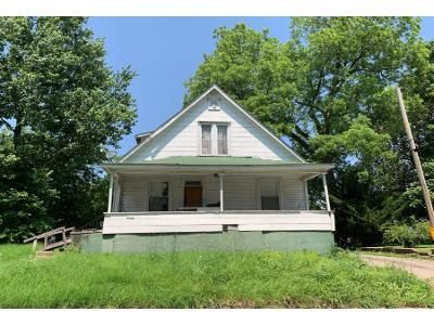 Preforeclosure Property in Metropolis, IL 62960 - Girard St