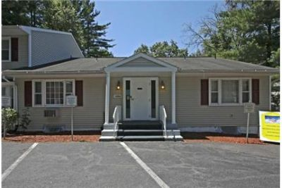 3 bedrooms Townhouse in Guilderland. Washer/Dryer Hookups!