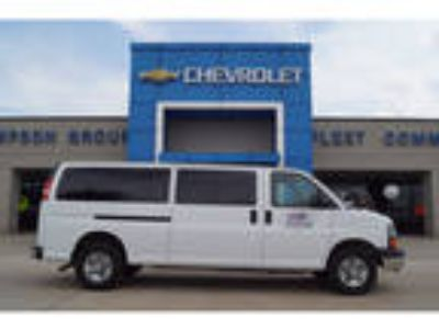 2016 Chevrolet Express White, 2619 miles