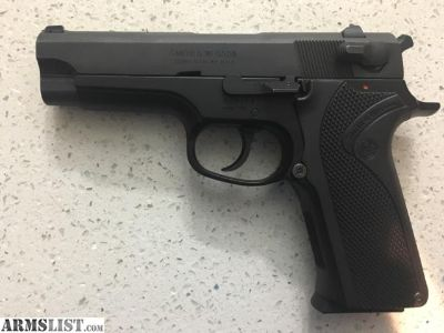 For Sale/Trade: Smith and Wesson Model 915
