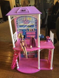 Barbie house! Great Condition! Super cute! Comes with everything you see!