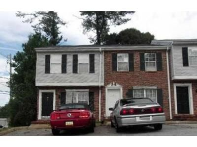 2 Bed 1 Bath Foreclosure Property in Easley, SC 29640 - Pendleton Ct