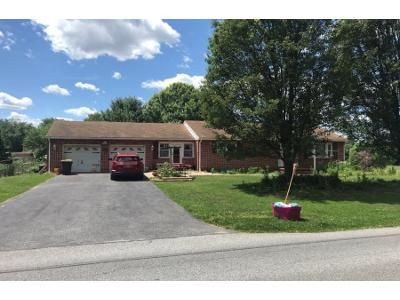 2 Bed 1 Bath Foreclosure Property in York, PA 17408 - Ruppert Rd