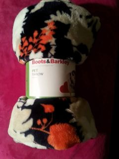 Brand new never used or opened pet throw 40 in 50 in super soft really cute