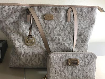 Large MK tote and wallet see pics