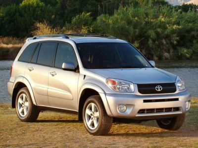 2004 Toyota RAV4 Base ()