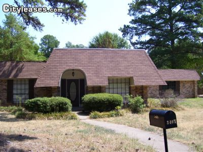 $1650 3 single-family home in East TX