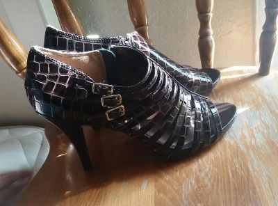Shoes For Women's Size 10M