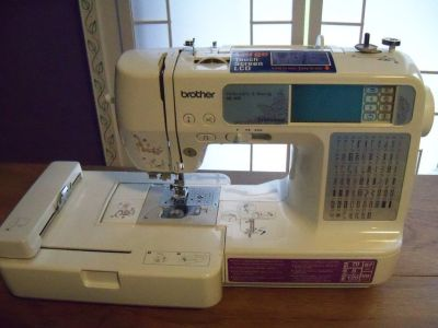 Brother Embroidery and Sewing machine SE-400 with cabinet