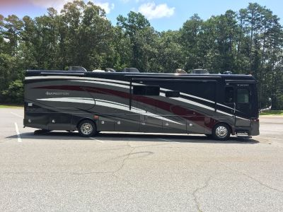 2014 Fleetwood EXPEDITION 40X