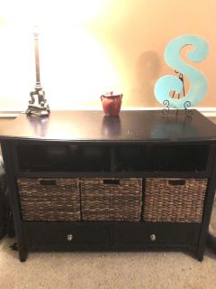 SOLID Pottery Barn table/console with baskets. $125