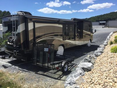2009 Thor Motor Coach Challenger 371