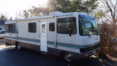 1993 Georgie Boy Swinger M-3190