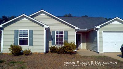 Single-family home Rental - 370 Lambert Overlook Cir