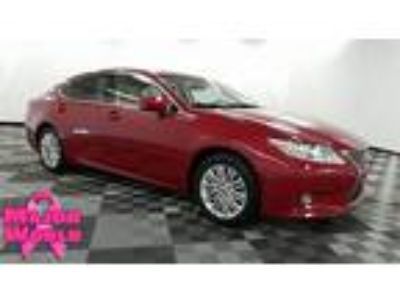 $17995.00 2015 Lexus ES 350 with 35859 miles!