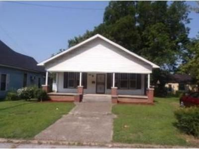 2 Bed 1 Bath Foreclosure Property in Humboldt, TN 38343 - N 14th Ave