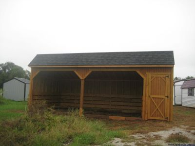 12X24 Horse Barn with tac room4ft