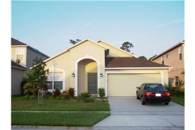 A single family home with 4 bed for rent